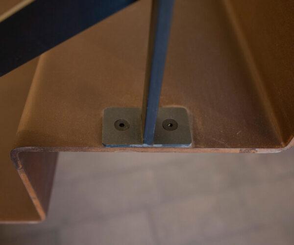 gradino scala in acciaio corten